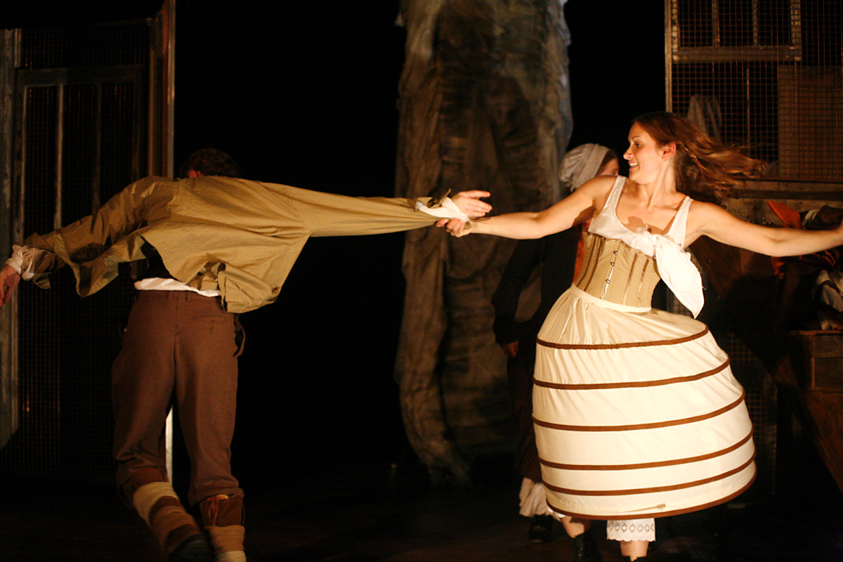 Zoe Davies and Stephen Hickman in Estella's Fire, Hijinx Theatre. Photo: Simon Gough